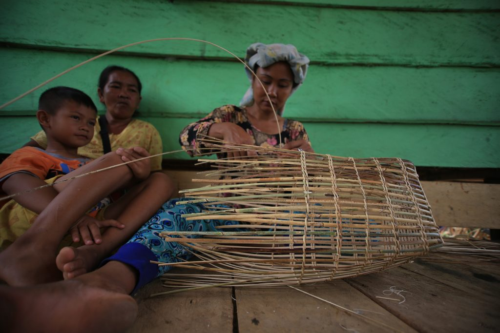 Batin-Sembilan-Community